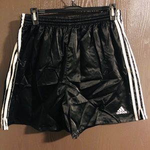Adidas Shorts Sz. L